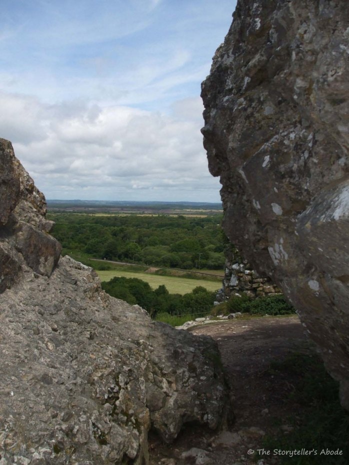 view through stones original with watermark
