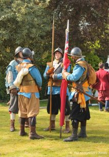 group of roundheads