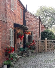 Picturesque holiday cottage
